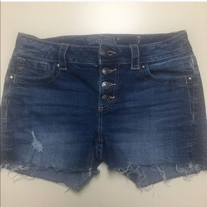Miss Me Shorts - MISS ME SIZE 30 CUT OFF JEAN SHORTS.